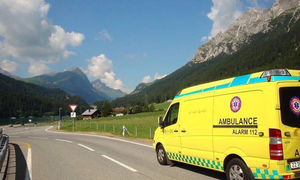 Der er forskel på liggende sygetransport og en ambulance